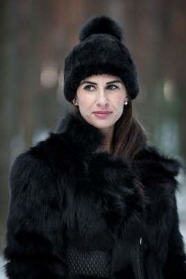 Ladies Winter genuine Fur hat in black