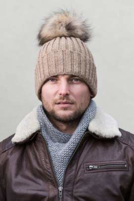 Man's Woollen Cap with Genuine Raccoon Dog Fur
